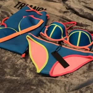 NWT! Triangl 4pc set!
